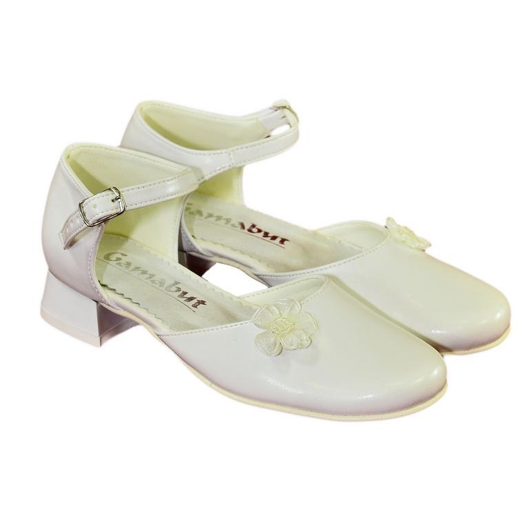 860171b985037 Detské biele spoločenské topánky MILINA