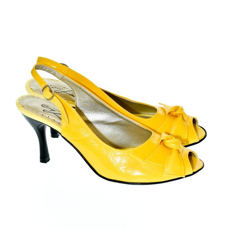 7109f0bfda43 Dámske žlté sandále TARY