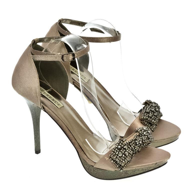 ae75b6222db0 Dámske hnedé sandále INTERA