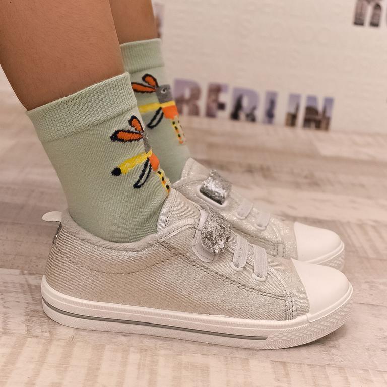 8875861b6c7d Detské strieborné topánky PROM