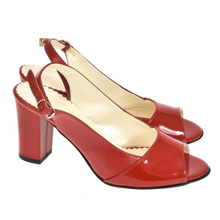 d72a3324b1e01 Dámske červené sandále SAINA   Johnc.sk