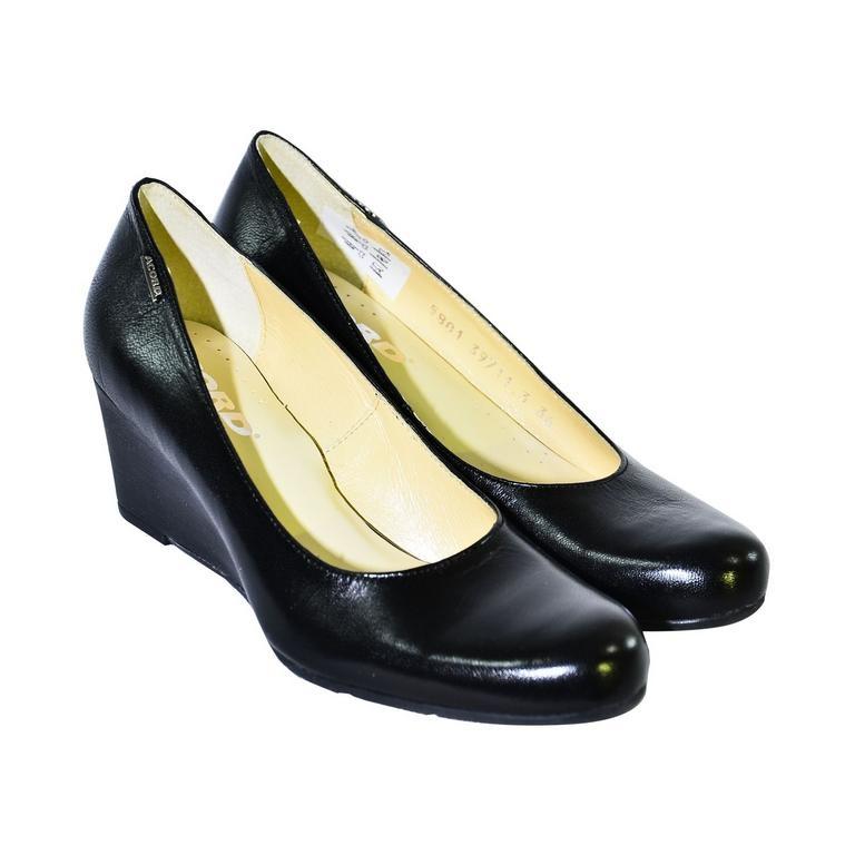 4f5fe90312 Čierne topánky na klinovom opätku Acord IDENIS