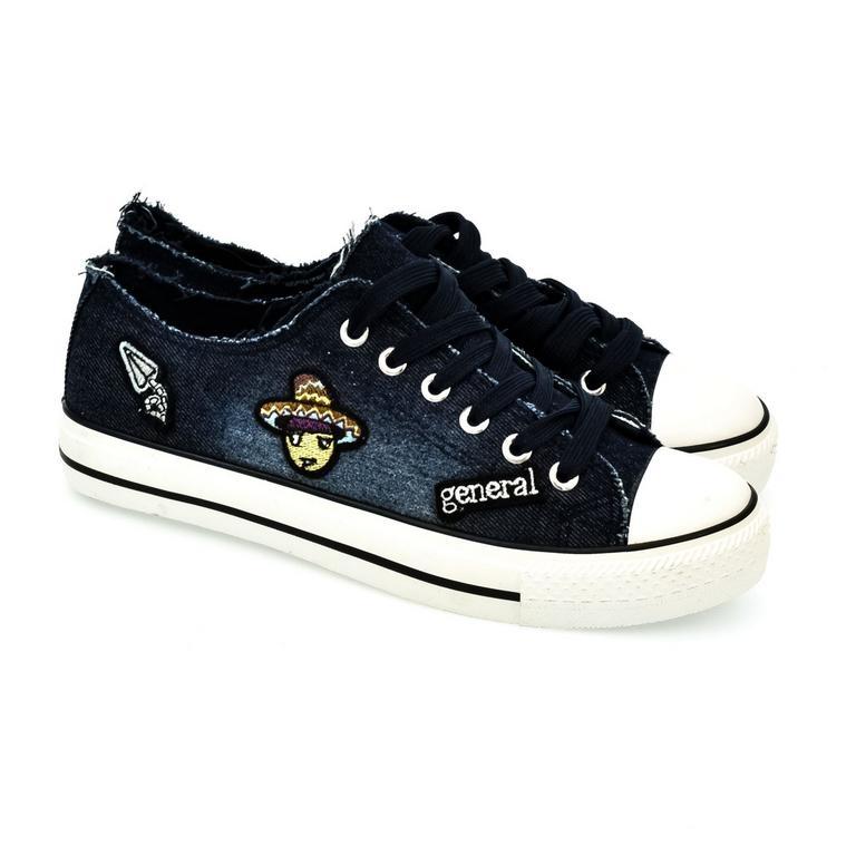 223b6d2567cf Tmavo-modré šnurovacie topánky TATA