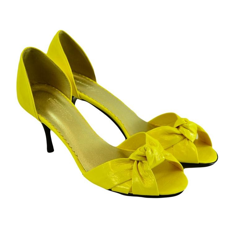 Dámske žlté kožené lodičky Conses  e6f9c55ceb