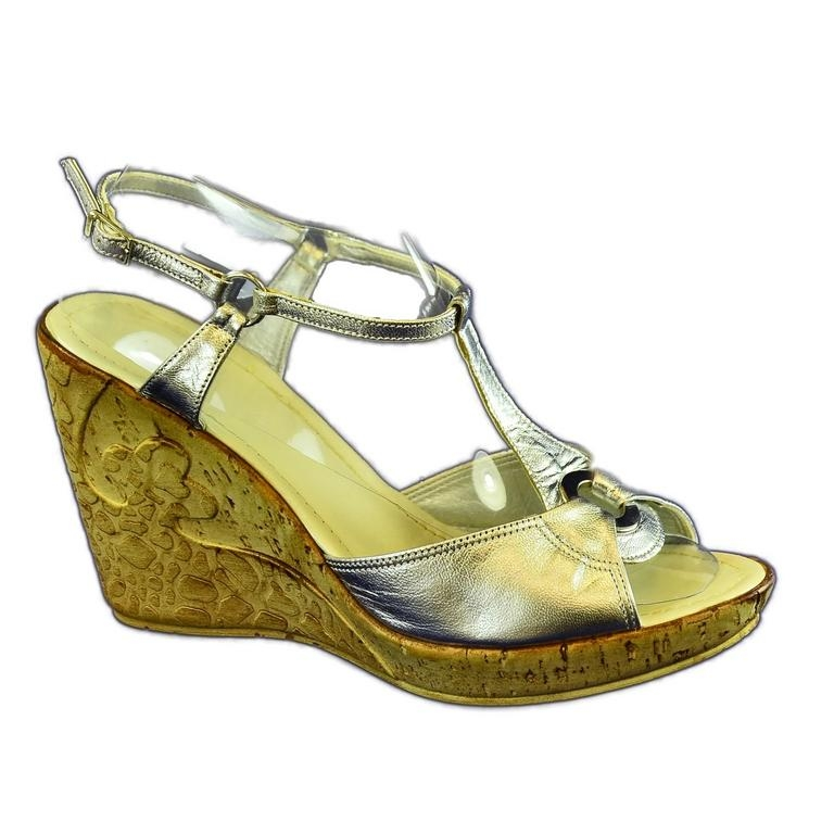 2788f5d4e24b Dámske strieborné letné sandále Evide