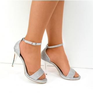 e38c22c616d2 Dámske strieborné sandále KAJA - 1