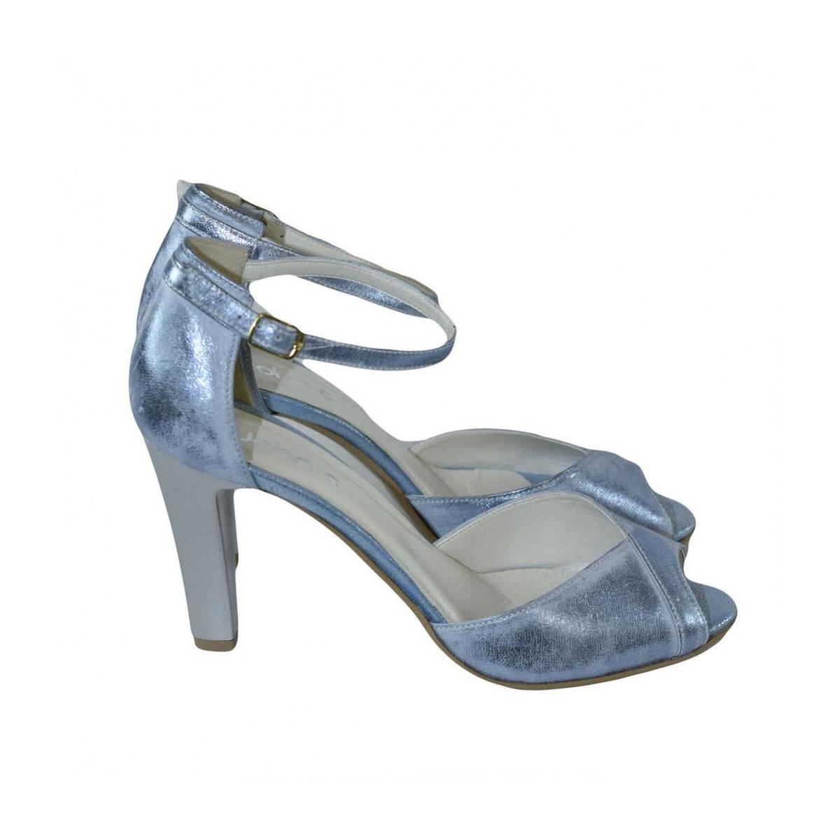 c90b32e2d226 Dámske kožené modré sandále MADAS - 4