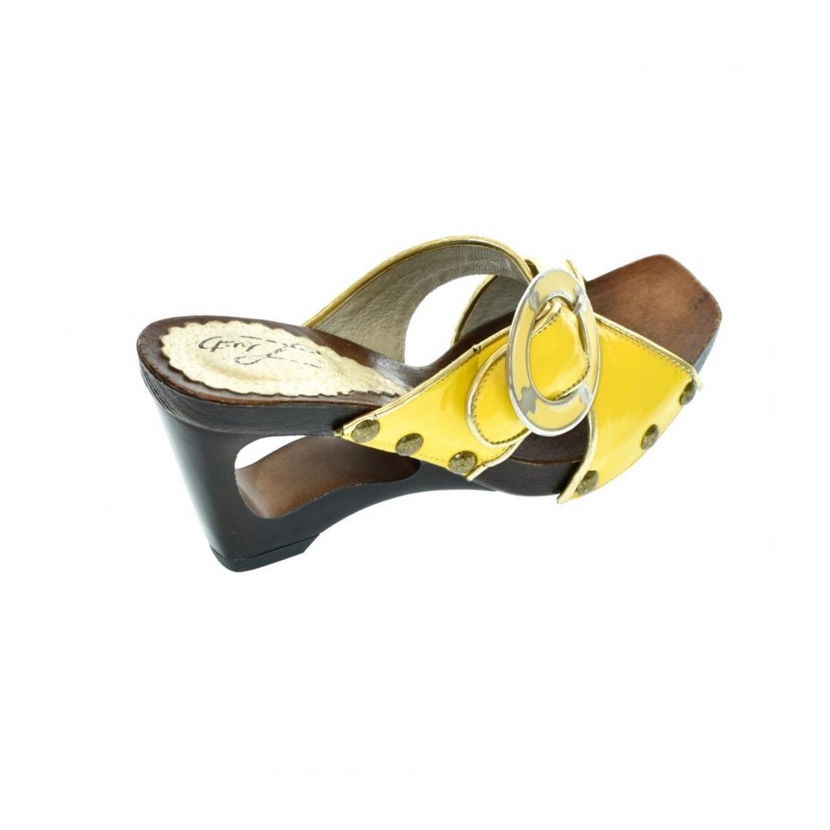 cd5560465180 Dámske žlté šľapky PARI - 5