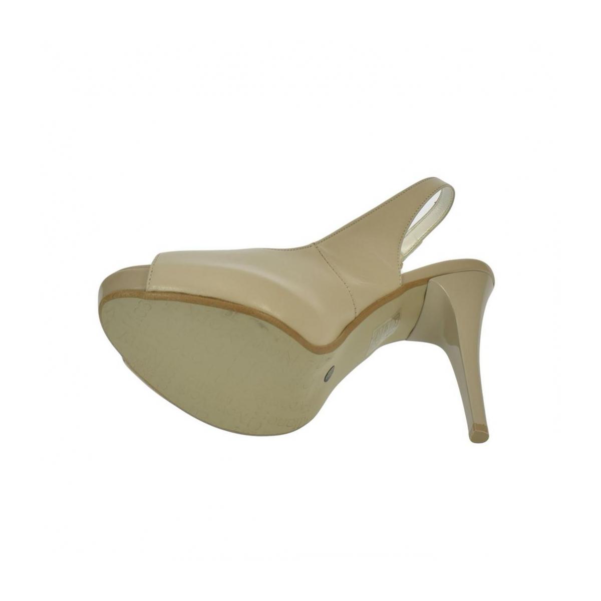4bcd4ff70f6f Dámske kožené béžové sandále SINNI - 2