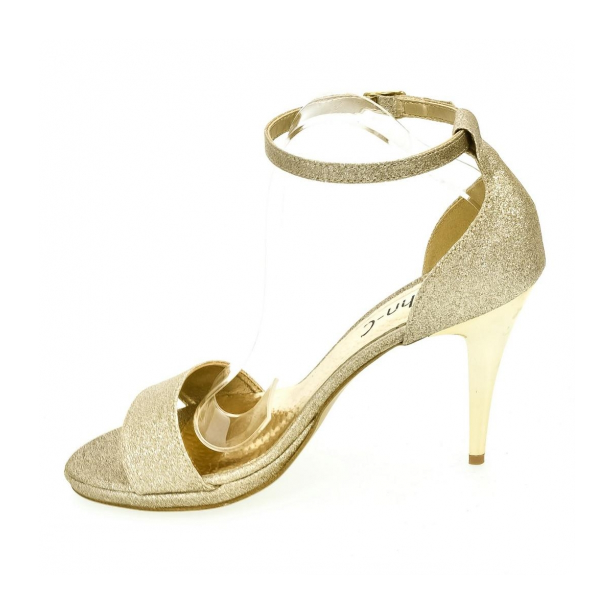 781f856db5f4 Dámske zlaté sandále KAJA - 5