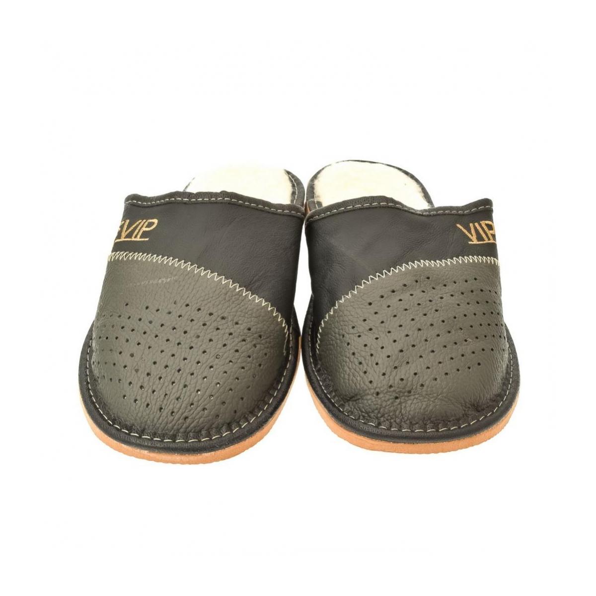 2063c8c4af04 Pánske sivé papuče VIPMEN - 2