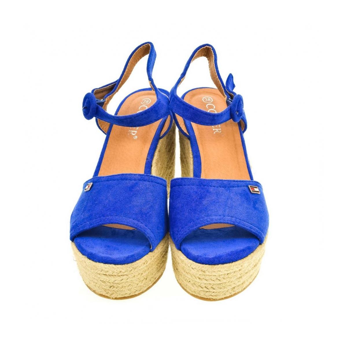 c147ee50e9c87 Dámske modré sandále AFRA | Johnc.sk