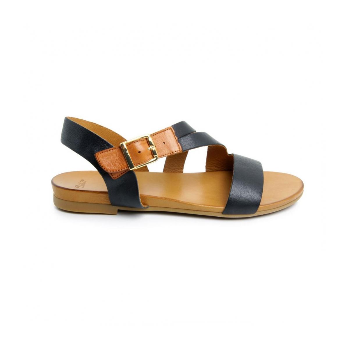 4b6ac4780494 Dámske kožené čierne sandále FRESH 52 - 3