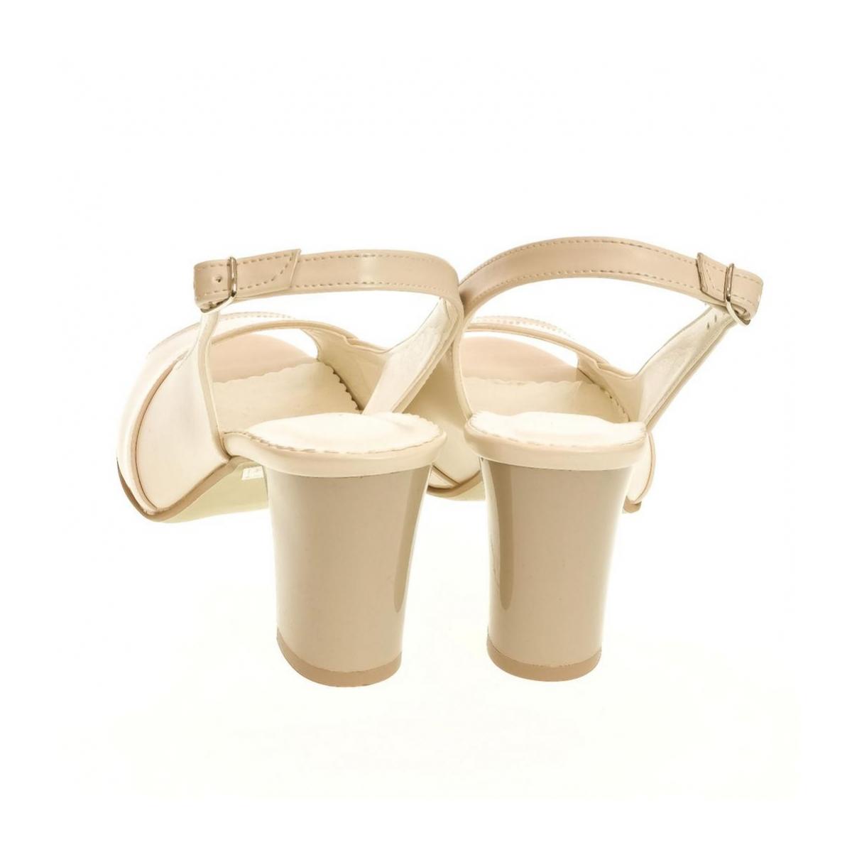 5751f338b15f Dámske bežové sandále SAINA - 3