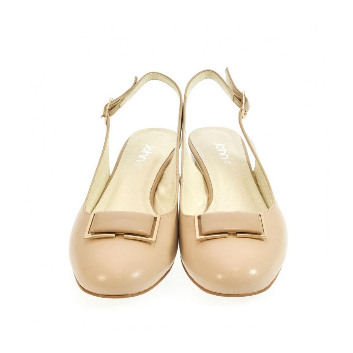 3ab126732b524 Dámske kožené béžové sandále MILA | Johnc.sk