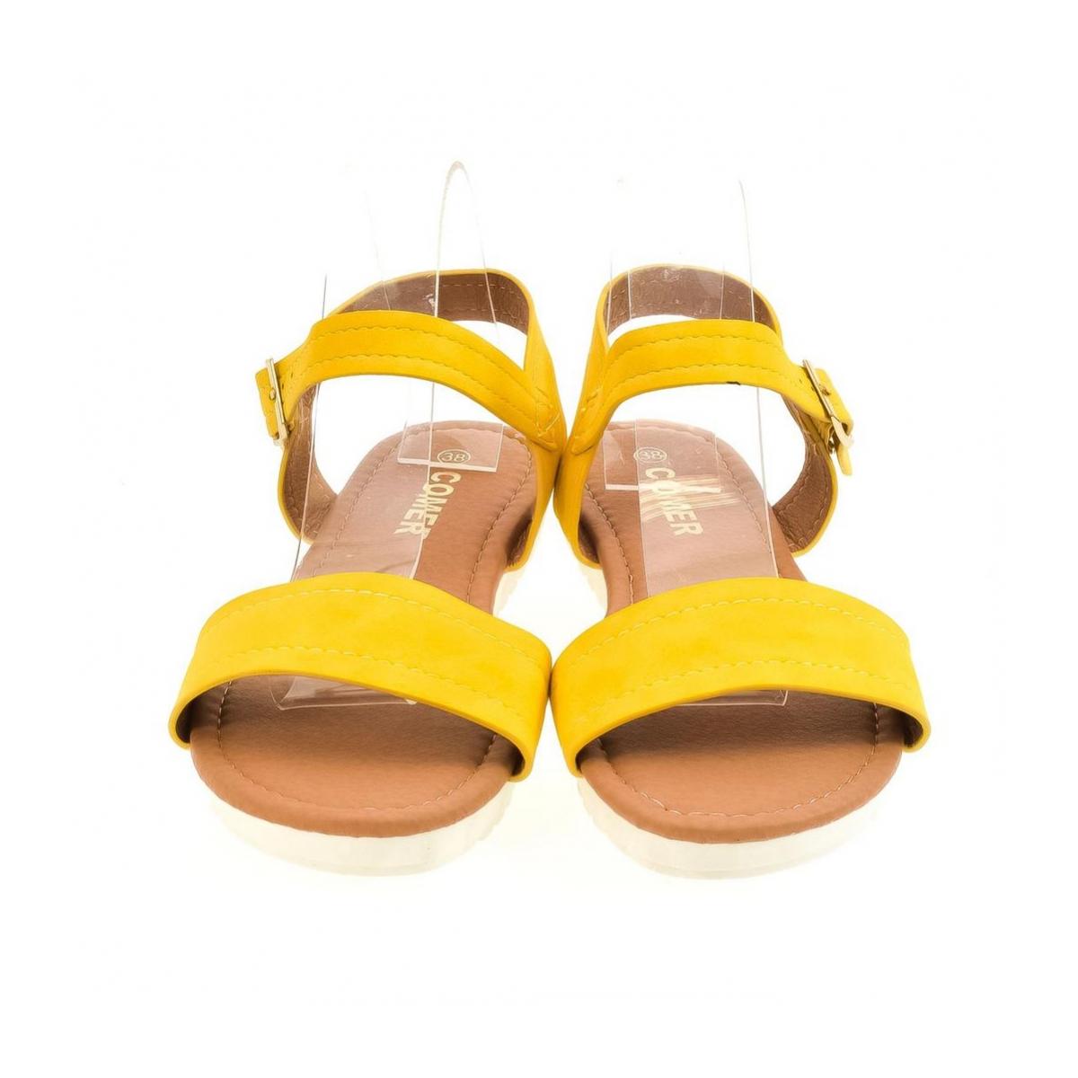 2451aee9f018d Dámske žlté sandále HILFA   Johnc.sk