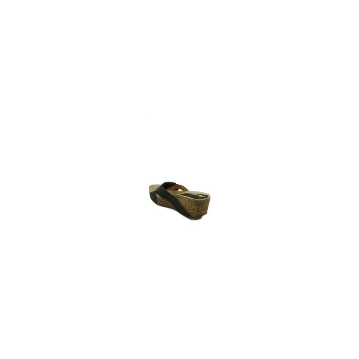 c6d89c8a1ef1 DÁMSKE KOŽENÉ ČIERNE ŠĽAPKY NA PLATFORME CARINII B1855 - 4
