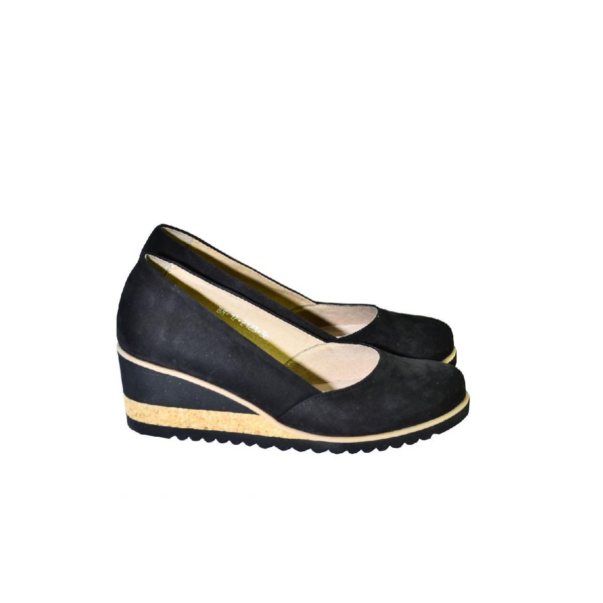 2aa9e2dac4aa Kožené čierne topánky na vysokom opätku Karino - 4