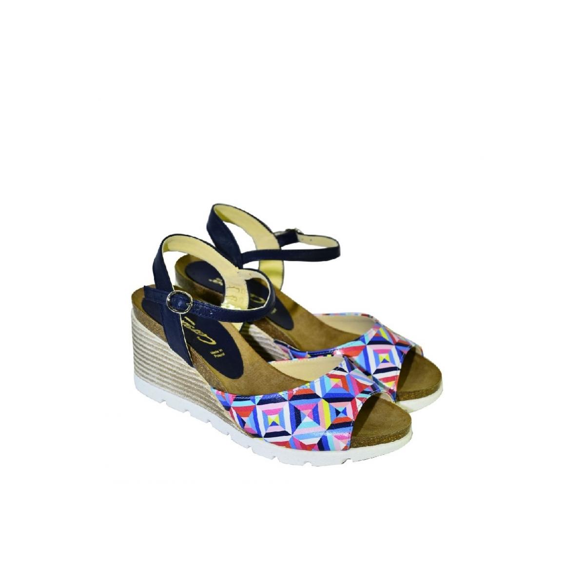 669561821cbd Farebné kožené sandále na klinovom opätku Carsona TARA - 2