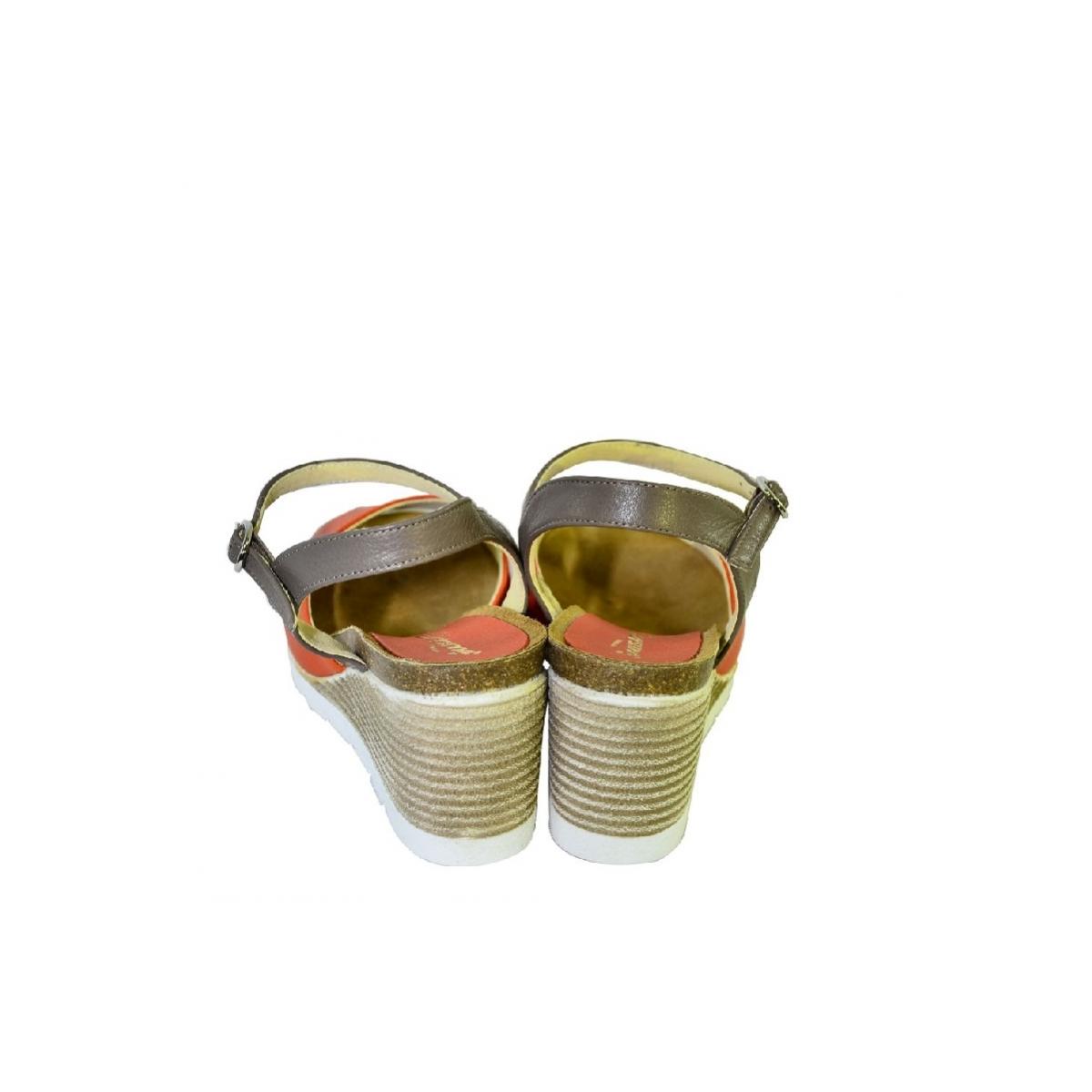 5aa2b406c9f4 Oranžové kožené sandále na klinovom opätku Carsona TARA - 5