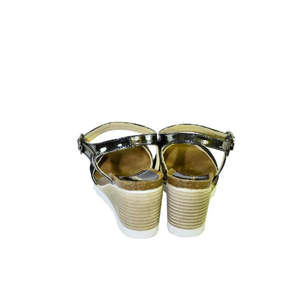 d7b494644c Čierne kožené sandále na klinovom opätku Carsona LARA - 5