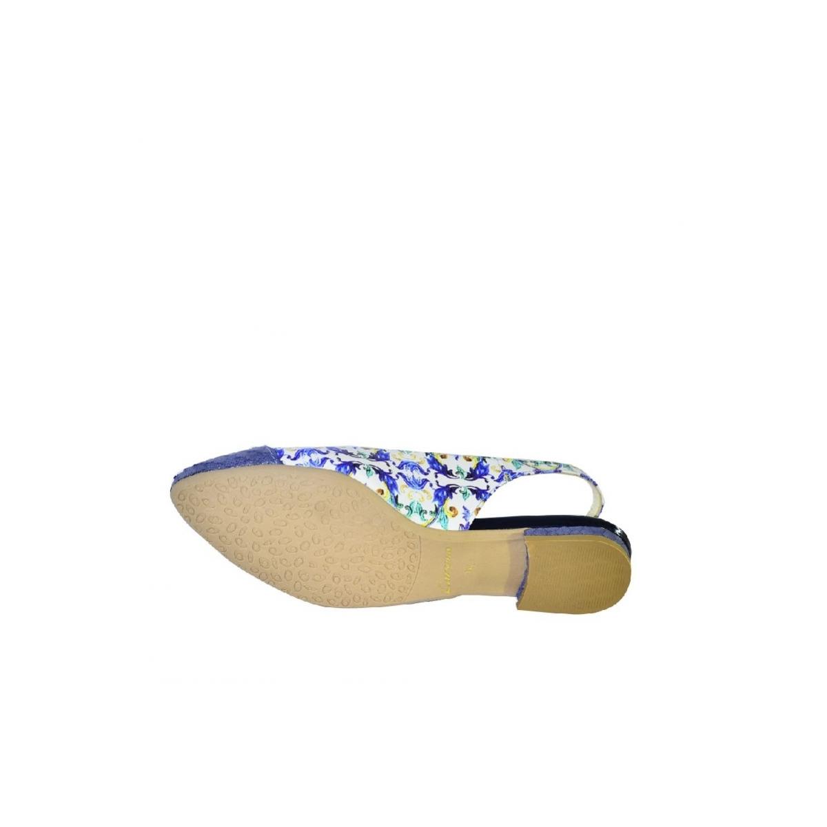 9805a4d6acf0 Modré kvetinové sandále bez opätku Carsona MIRI - 7