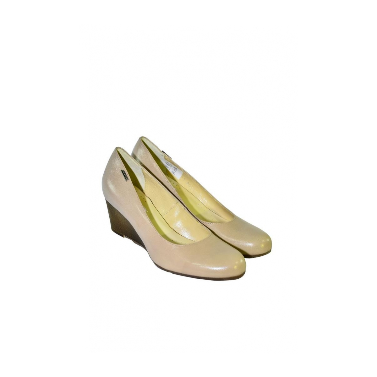 Béžové topánky na klinovom opätku Acord IDENIS - 2 4e38ea734b4