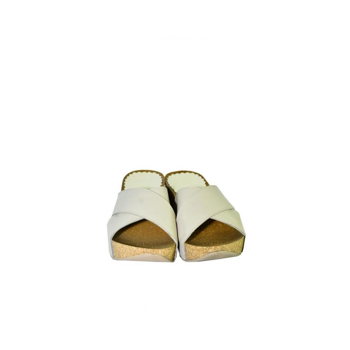 2888e0c664dd Dámske béžové kožené šlapky ALEX - 4