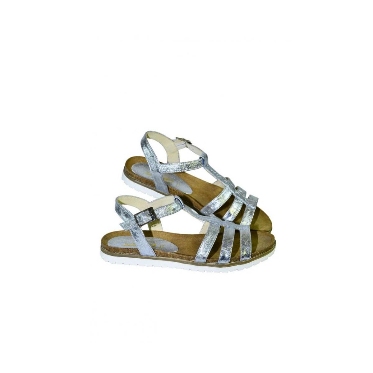 e84b826c17b7 Strieborné kožené nízke sandále LEA - 3