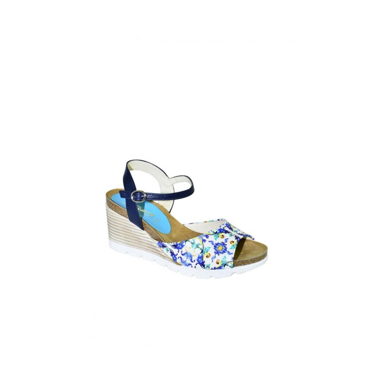 f20795c4e990 Azúrovo-modré kožené sandále na klinovom opätku Carsona TARA - 6