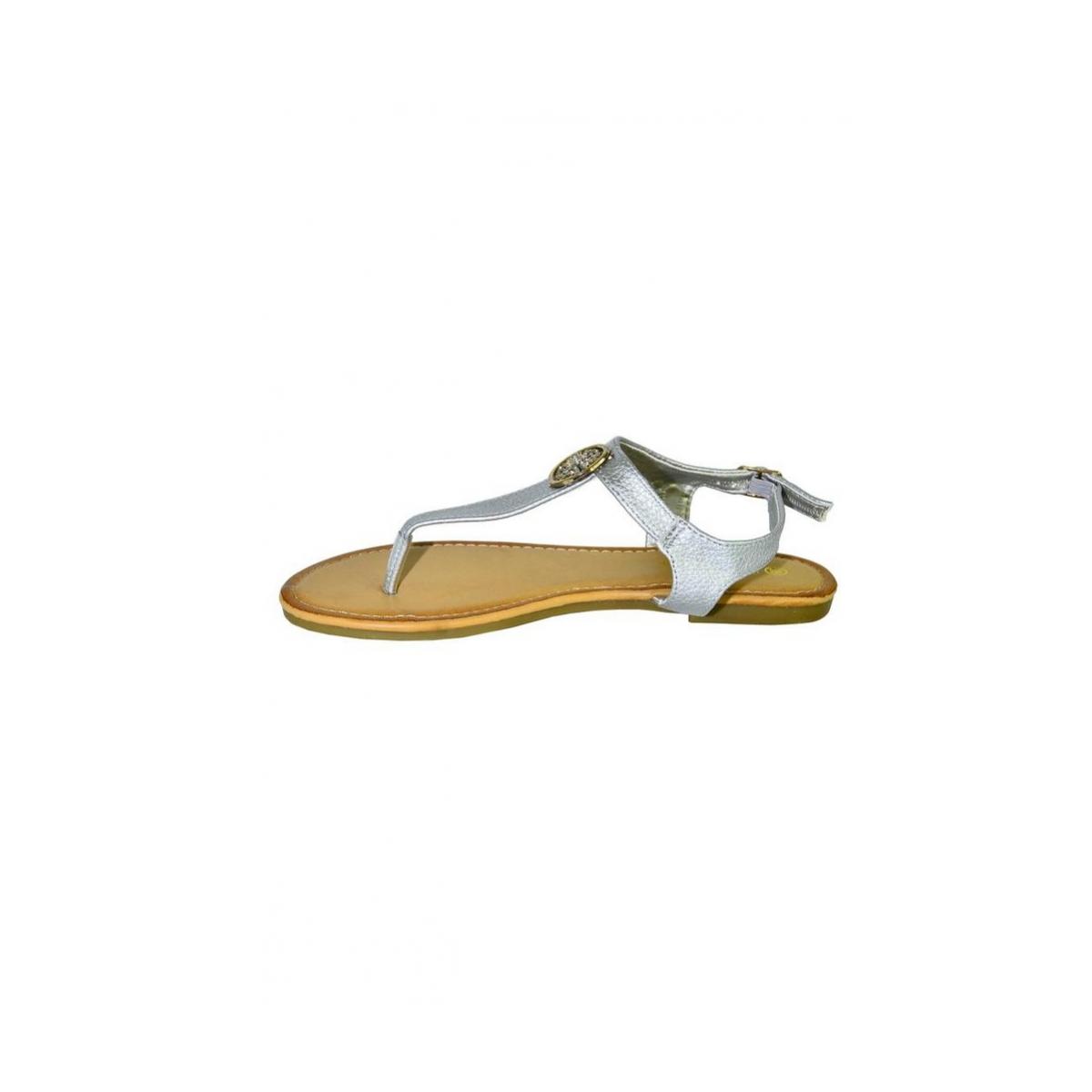 031bd6299722 Dámske strieborné nízke sandále COCO - 9