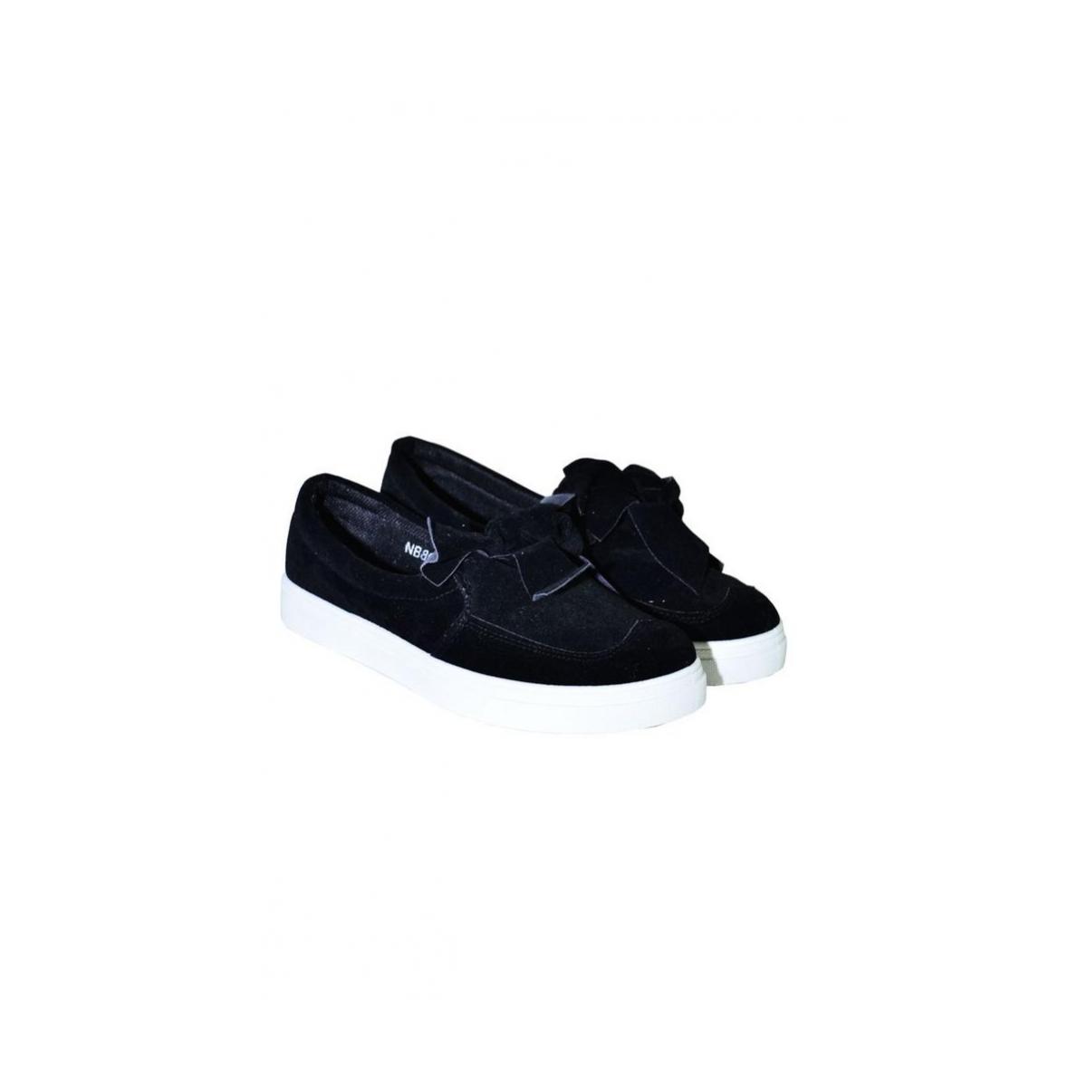 d1cdfceb24283 Čierne topánky s mašličkou ARIA | Johnc.sk