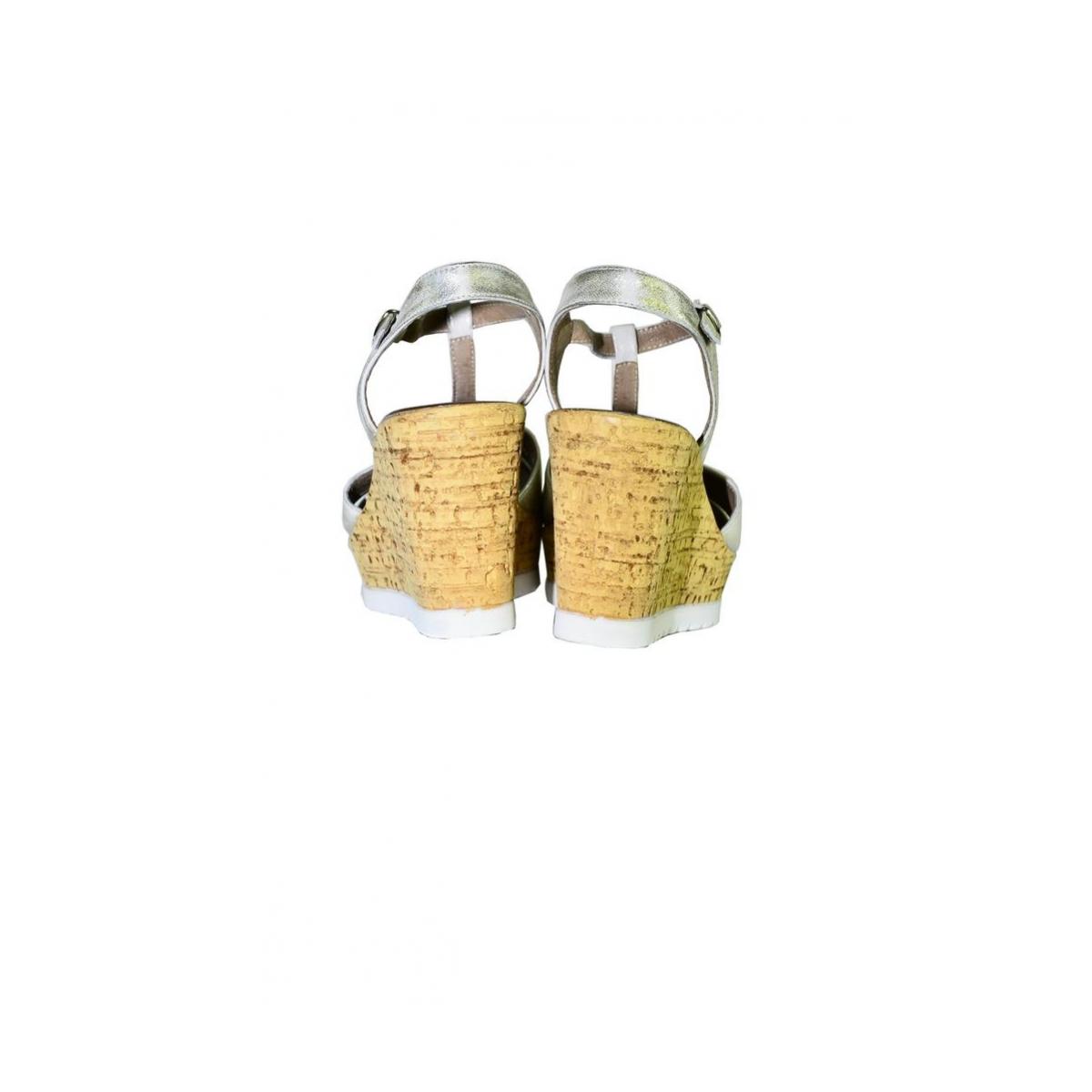 ddb25b6adafb Dámske zlaté letné sandále JENSE - 3