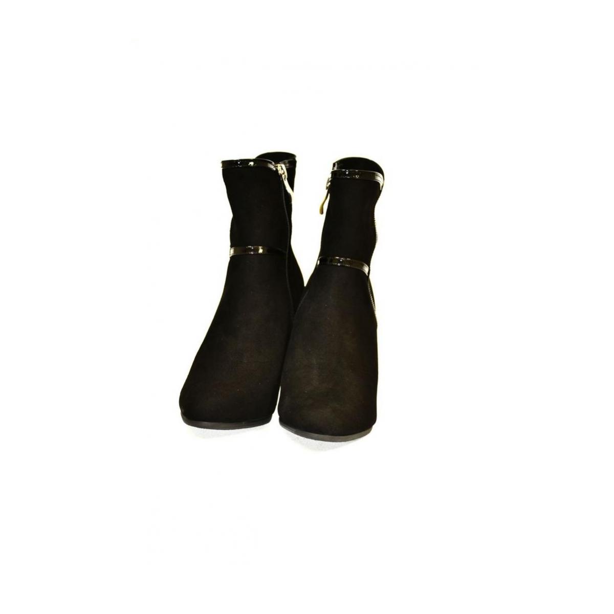0ccad755ff20e Dámske kožené čierne čižmy LILIEN | Johnc.sk