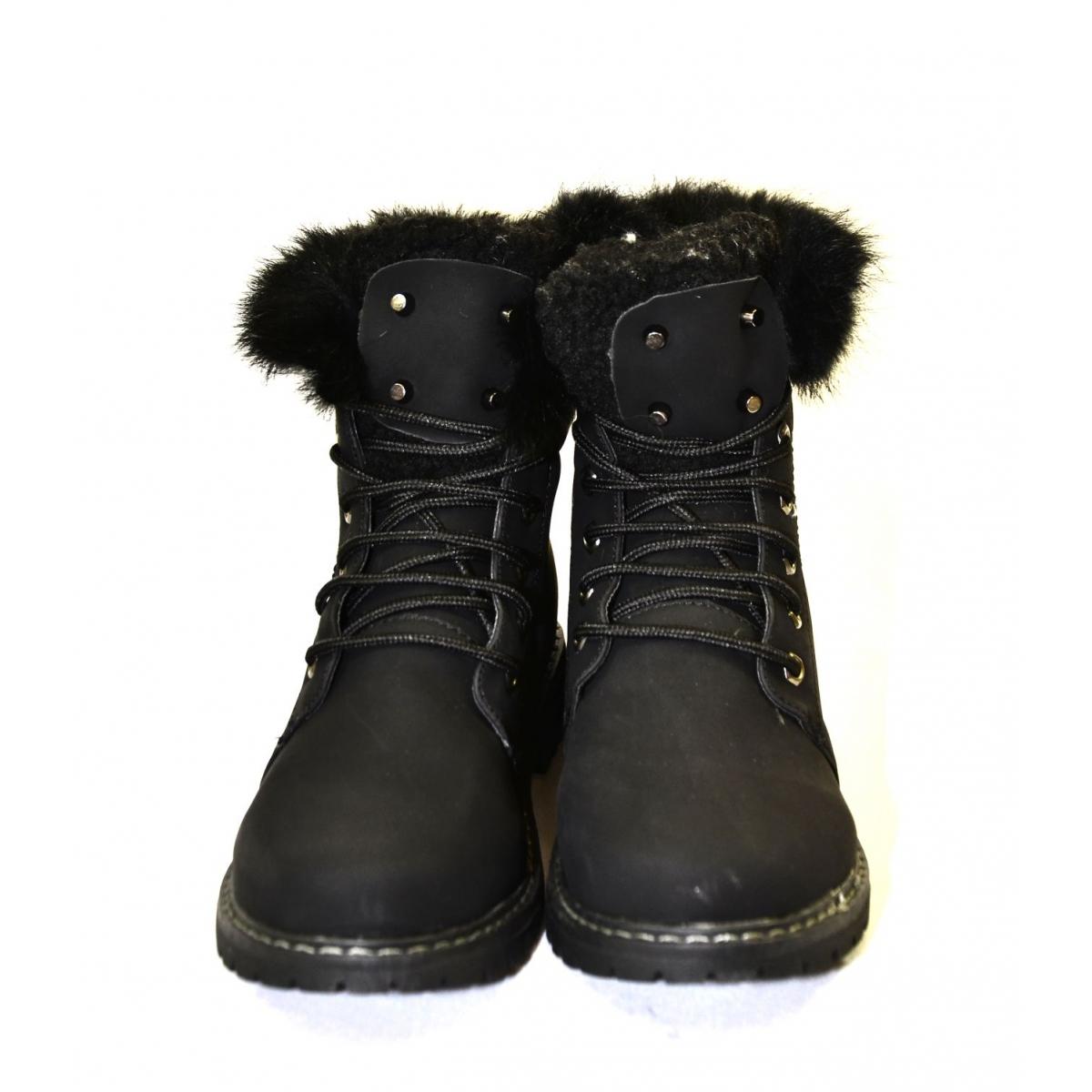 9b06fb698e381 Dámske čierne zimné topánky KLOE | Johnc.sk