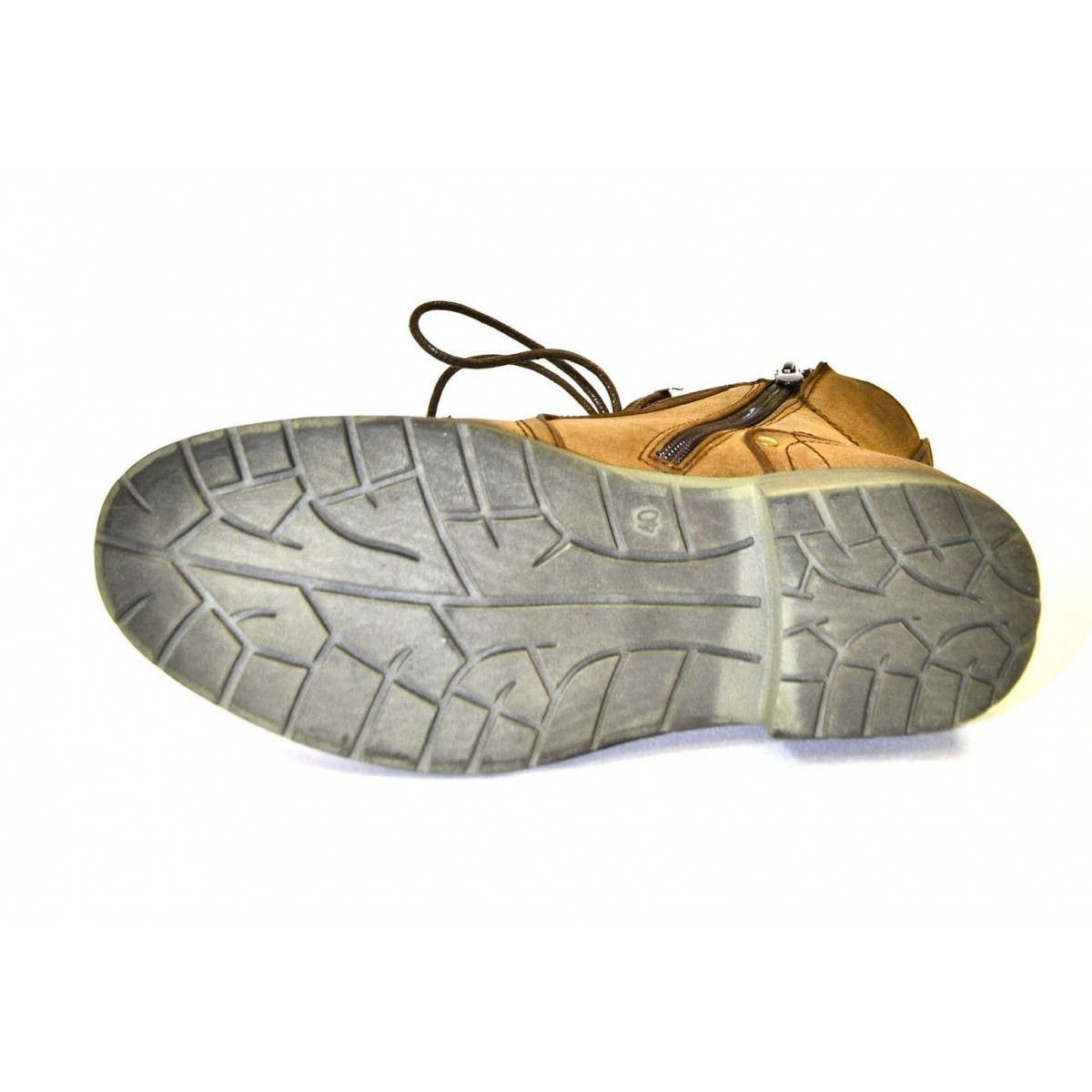 Pánske hnedé kotníkové čižmy LINERY - 6 80a452c8496