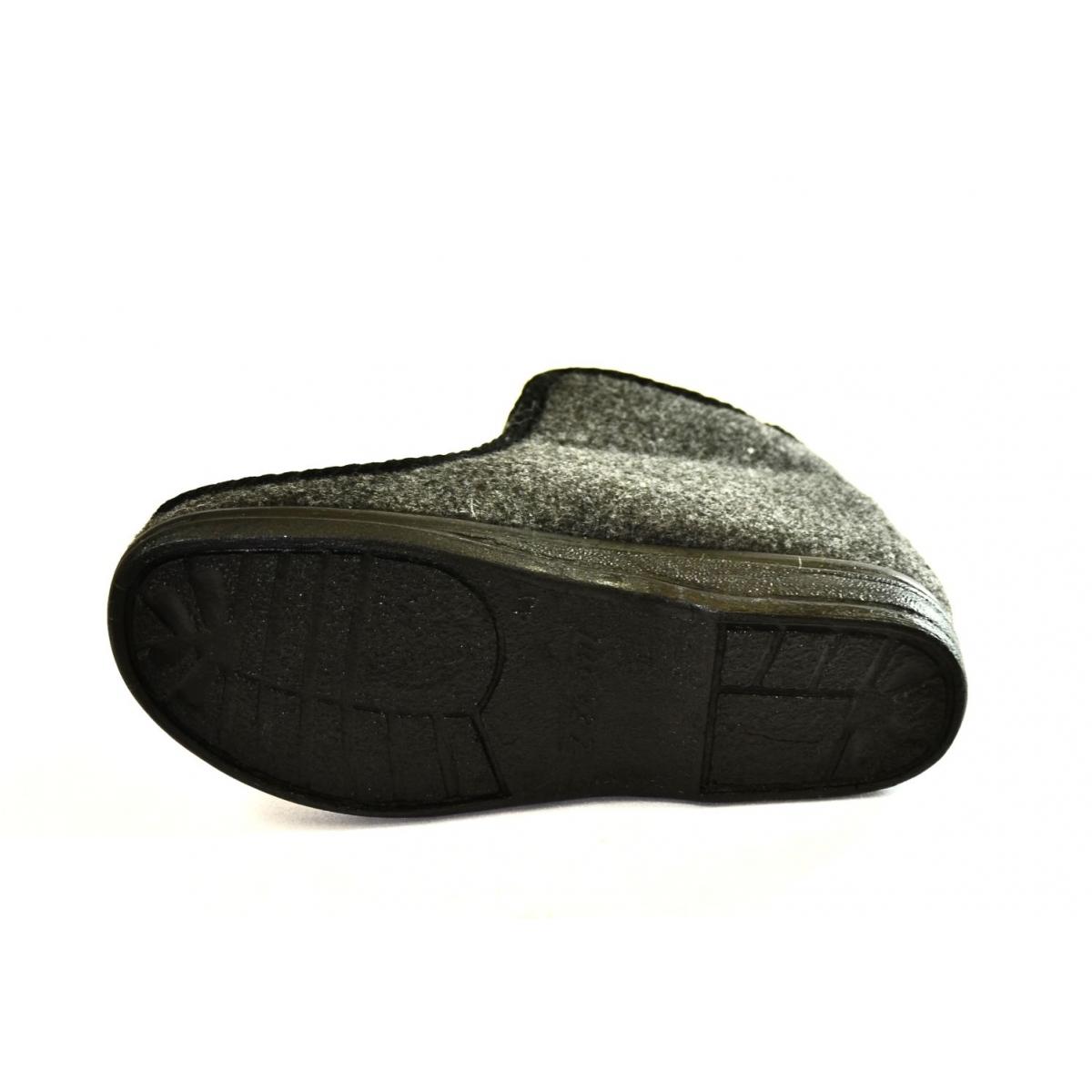 c90165958 Pánske sivé zimné papuče RINO | Johnc.sk