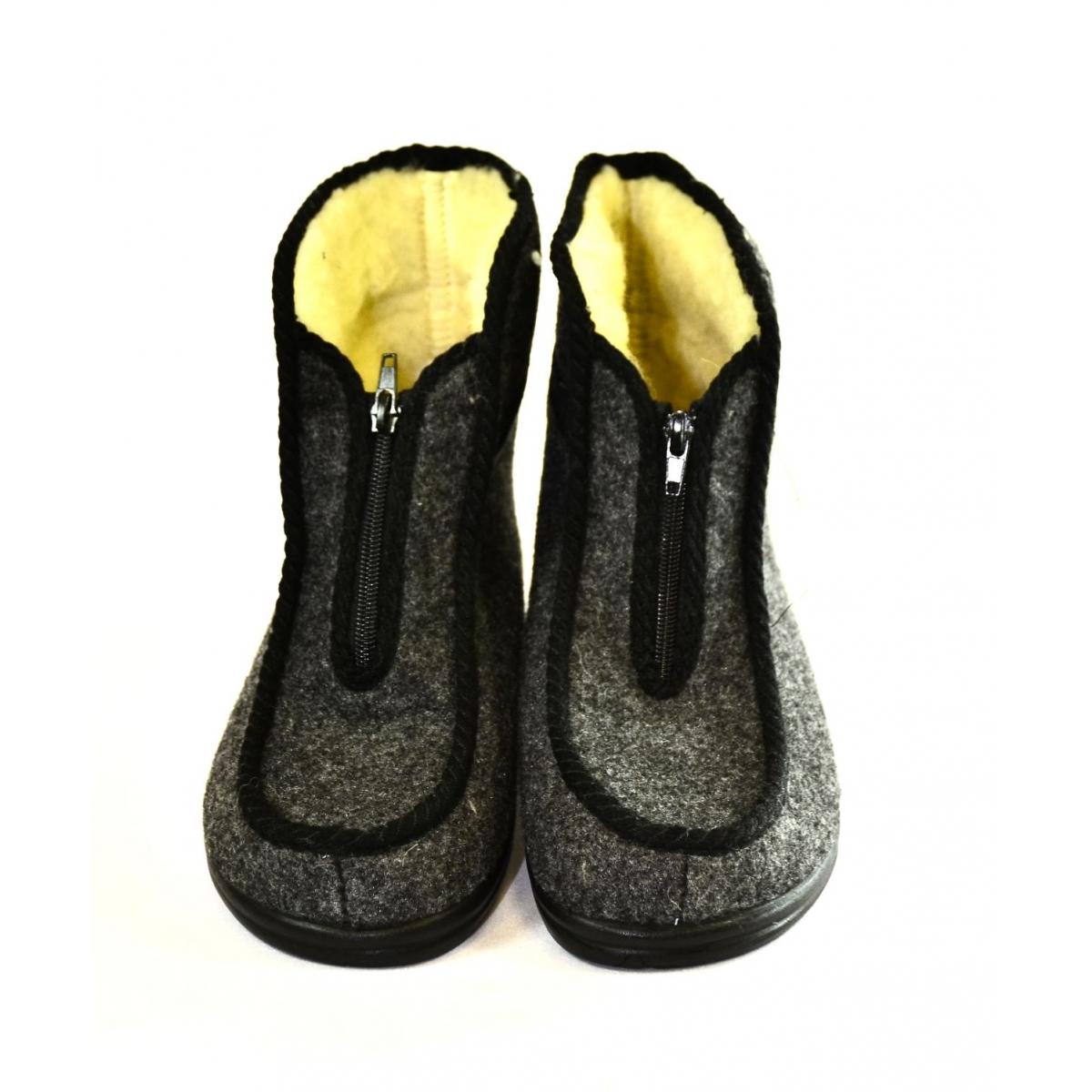 203a7773af718 Pánske sivé papuče TEO | Johnc.sk