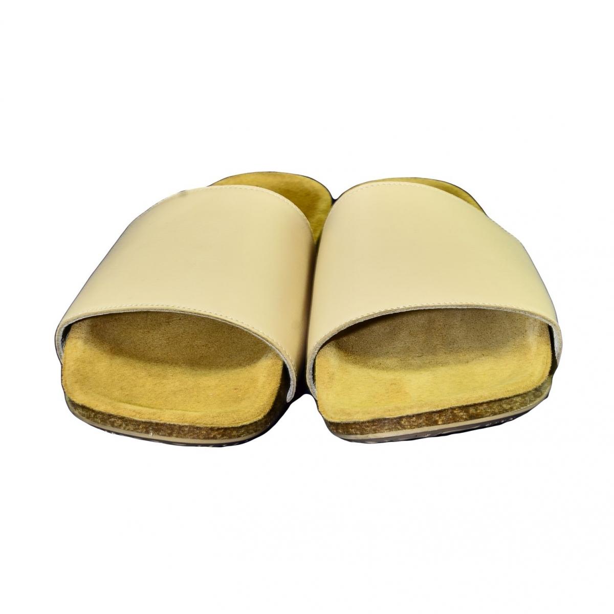 370db0d49d4f3 Dámske béžové kožené šľapky ALBINIA - 3
