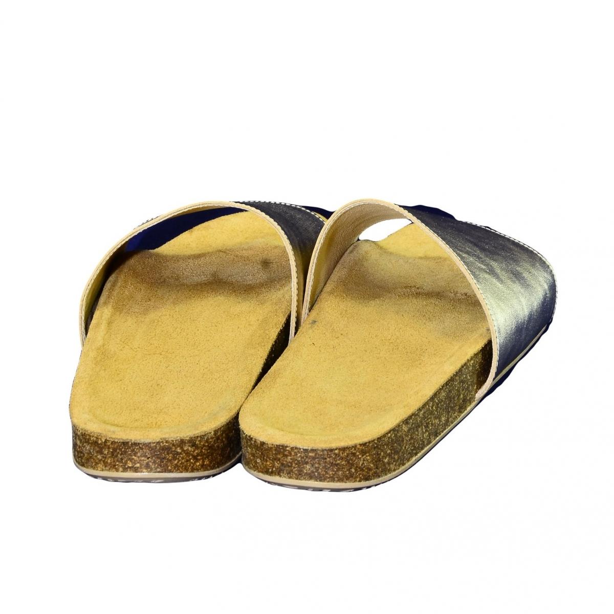 d5ec8c0dde6b4 Dámske zlaté kožené šľapky ALBINIA - 4