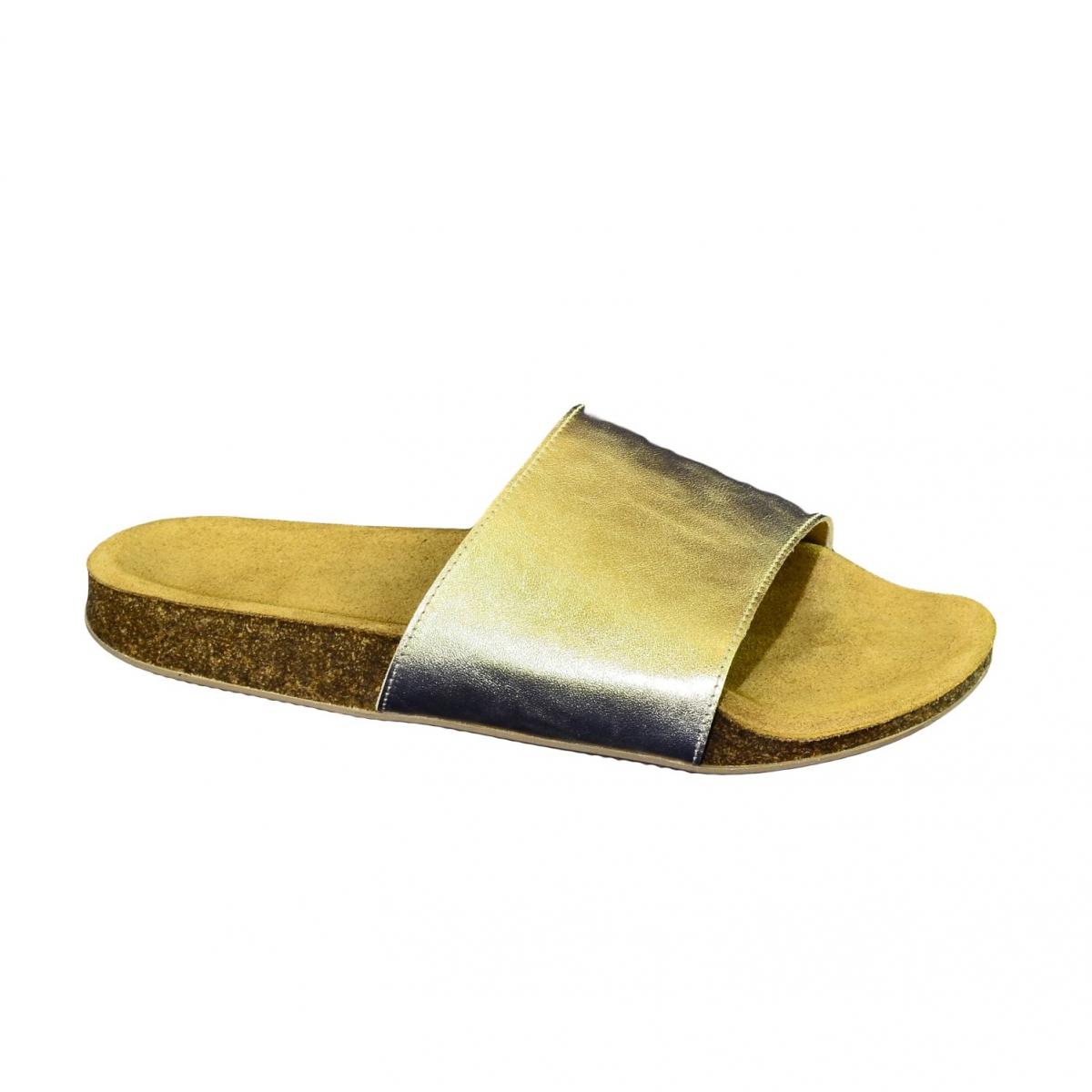 a5e2712e089b Dámske zlaté kožené šľapky ALBINIA - 5
