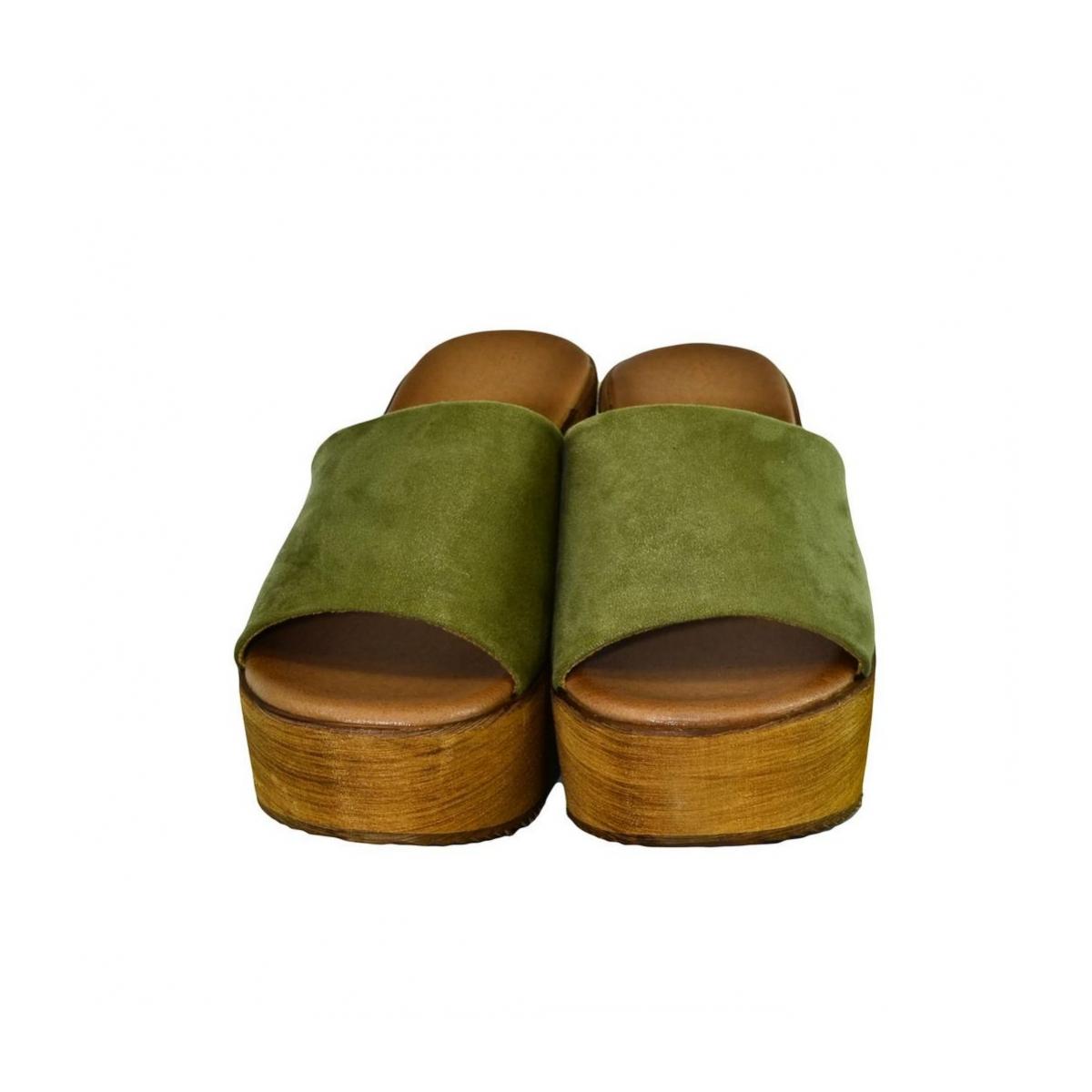 d9279e3da881 Dámske zelené šľapky VICTA - 5