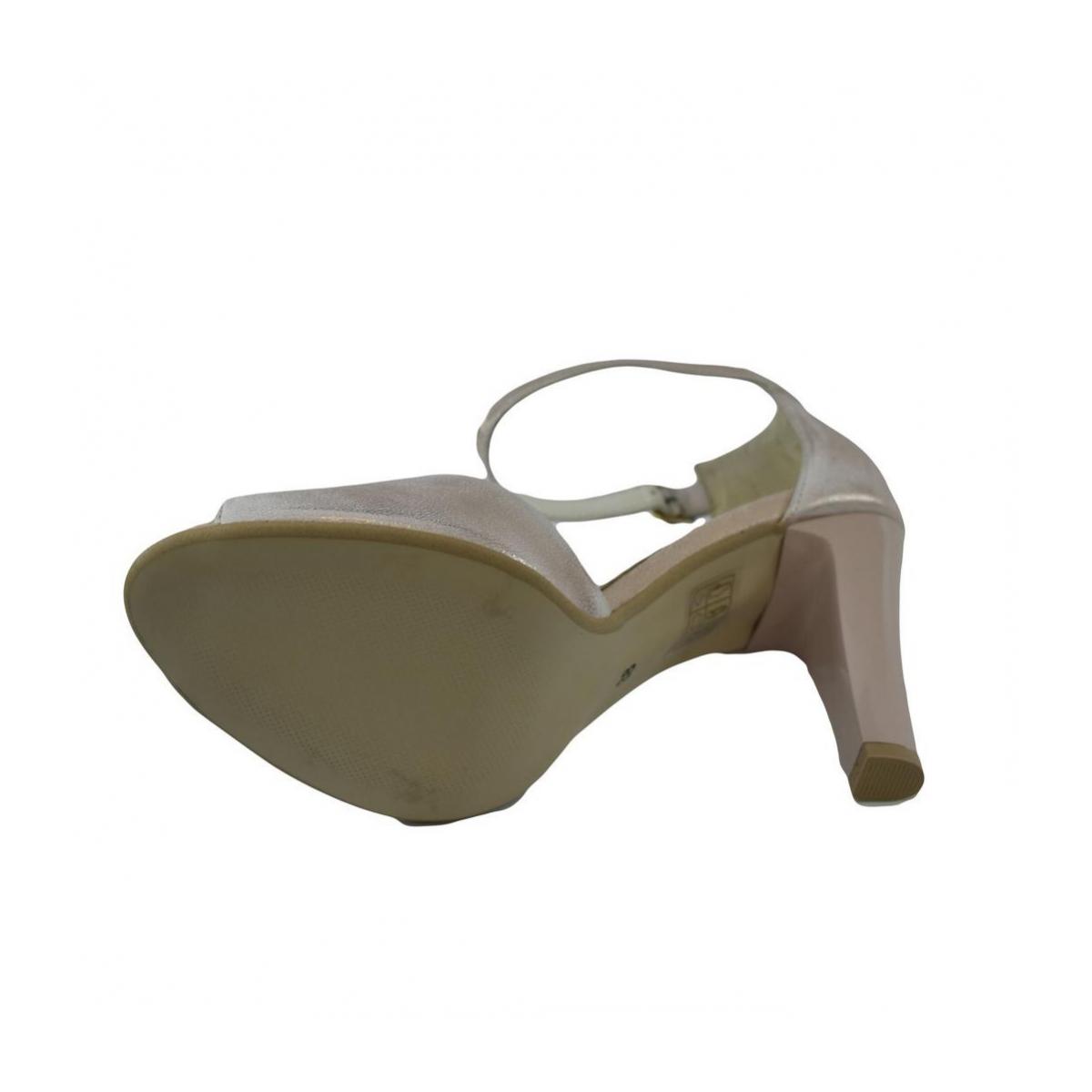 40ccf39d3554 Dámske kožené ružové sandále MADAS - 6