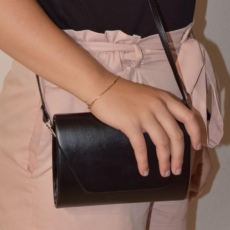 Dámska čierna kabelka LARA