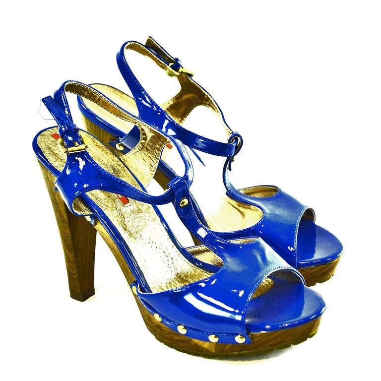 Dámske modré lakované sandále DEZER