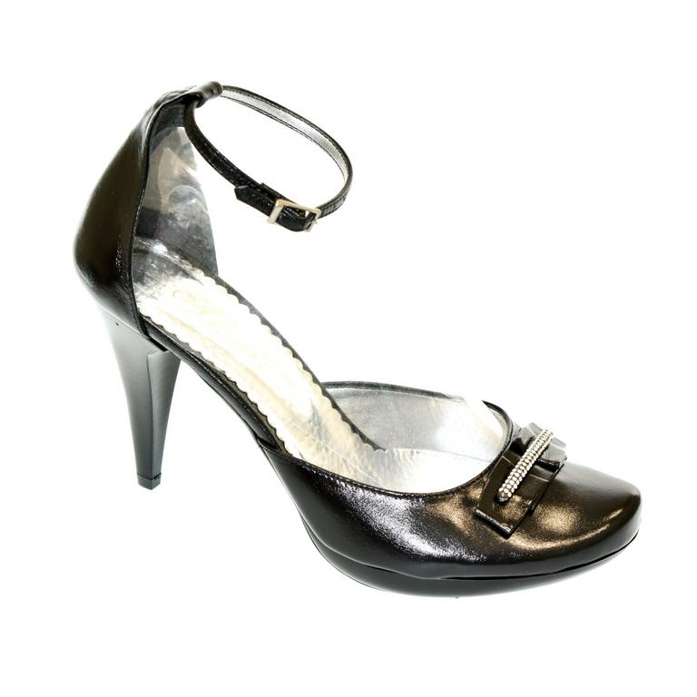 Dámske čierne sandále FAMIL